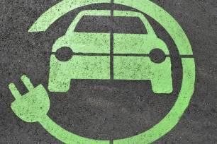 Una app móvil informará en tiempo real de las plazas de aparcamiento libres para vehículos eléctricos en Murcia