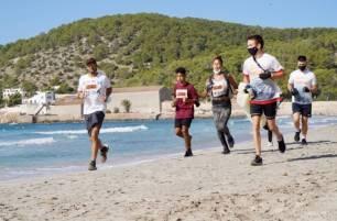 La AETIB patrocina el 'Nationale-Nederlanden Plogging Tour Ibiza'