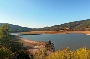Verdemar alerta de la escasez de agua en el Campo de Gibraltar y propone el uso de aguas residuales en industrias