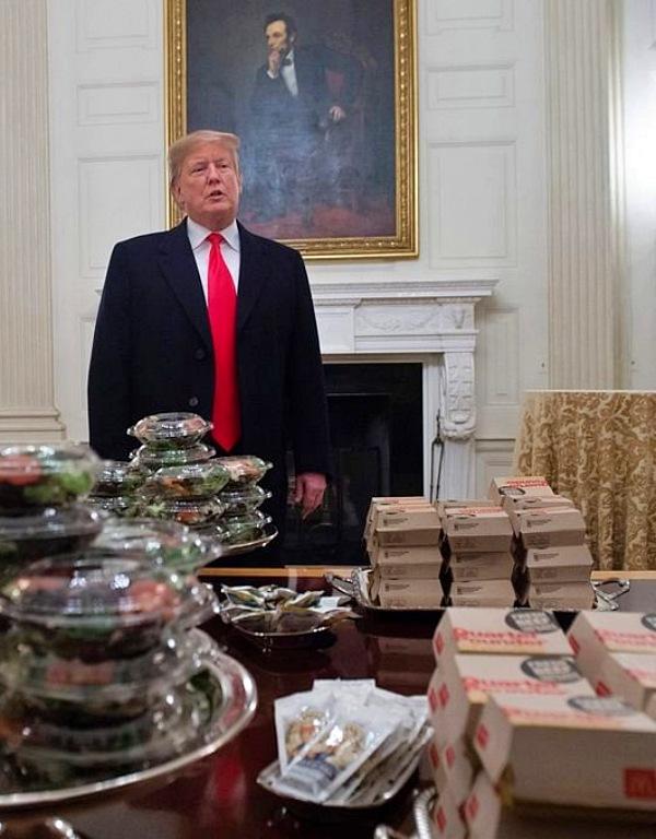 Donald Trump fomenta el consumo de comida rápida, y sus malas consecuencias para la salud