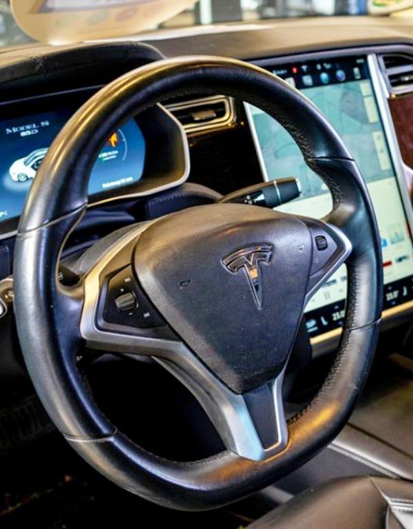 Tesla vendió más de 350.000 coches en 2019
