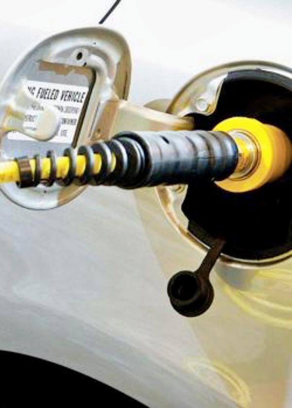 La venta de coches de gas natural 'al alza'