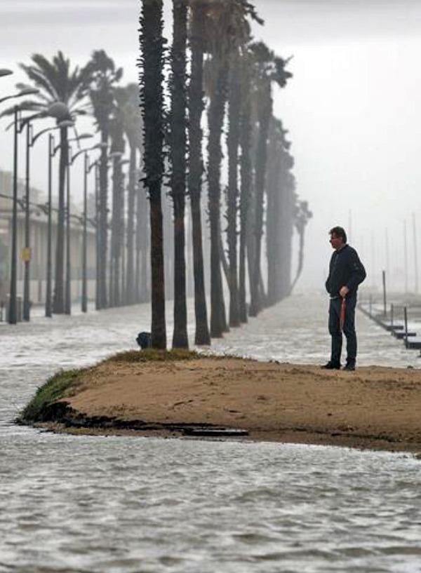 'Gloria' destroza el Delta del Ebro