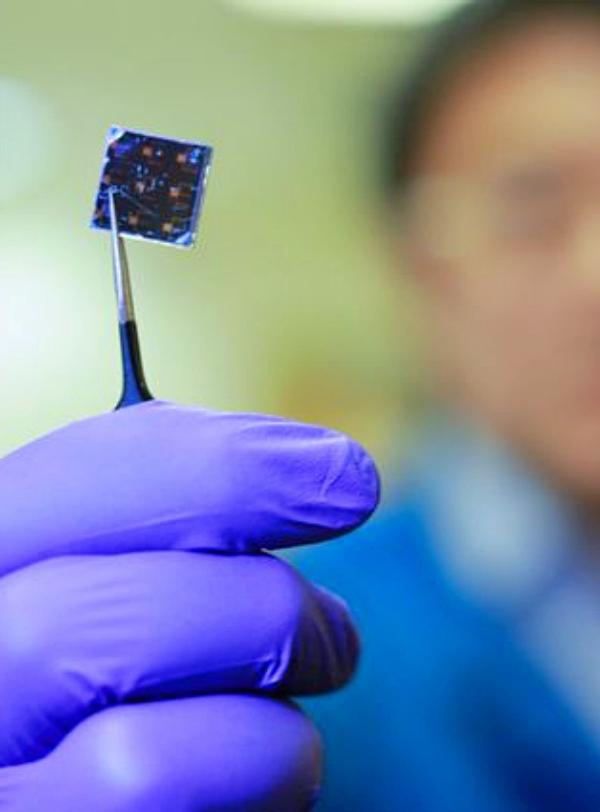 Novedades para investigar los dispositivos fotovoltaicos de perovskita
