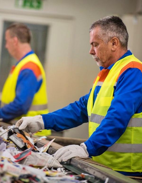 Repacar presenta al MITECO un Plan Estratégico Sectorial para el sector del reciclaje del papel y cartón