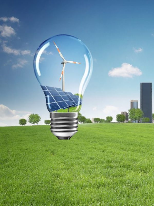 La transición energética trae nuevas oportunidades laborales para los profesionales más comprometidos