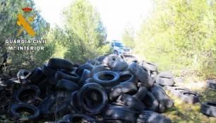 Tres investigados por una decena de vertidos de neumáticos usados en municipios de Valladolid y Burgos