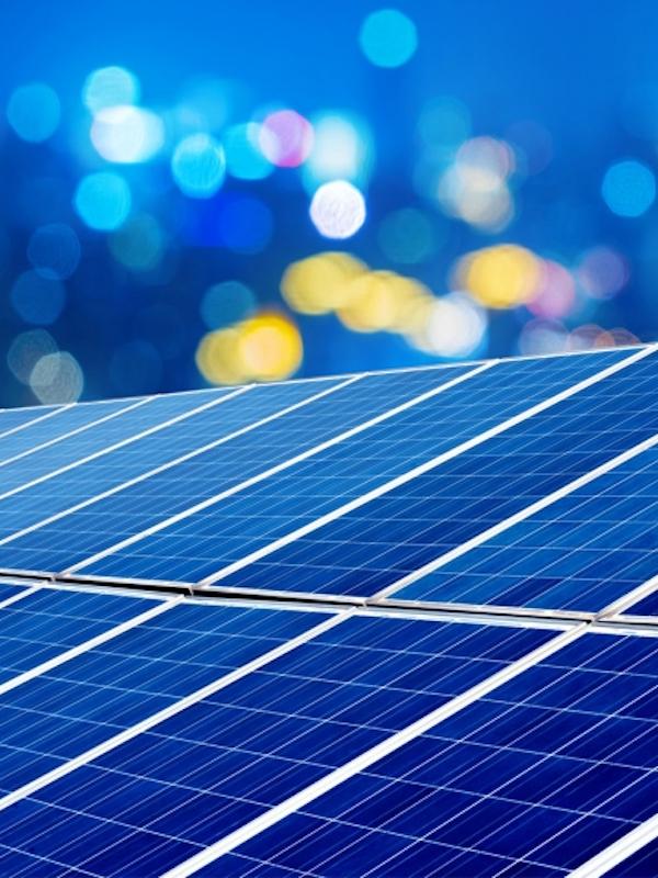 España puede y debe democratizar la energía
