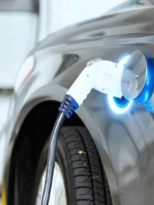 Europa  debe mover y rápido sus mecanismos para la implantación de infraestructura de recarga para el vehículo eléctrico