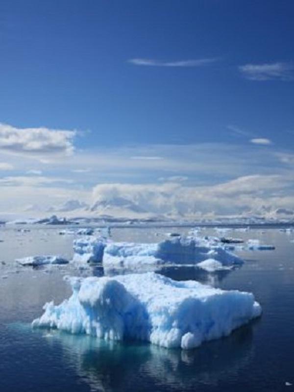 Veranos extremos alteran a largo plazo cómo Groenlandia almacena hielo