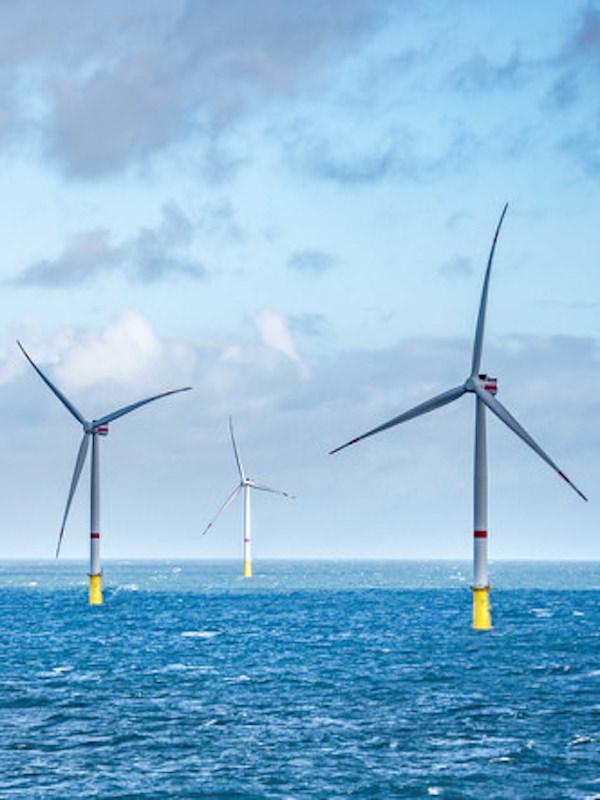 Iberdrola puede ganar la licitación de un nuevo 'megaproyecto' de eólica marina en Francia