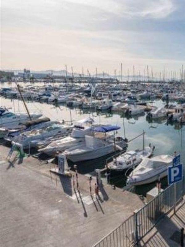 La contaminación en los puertos deportivos