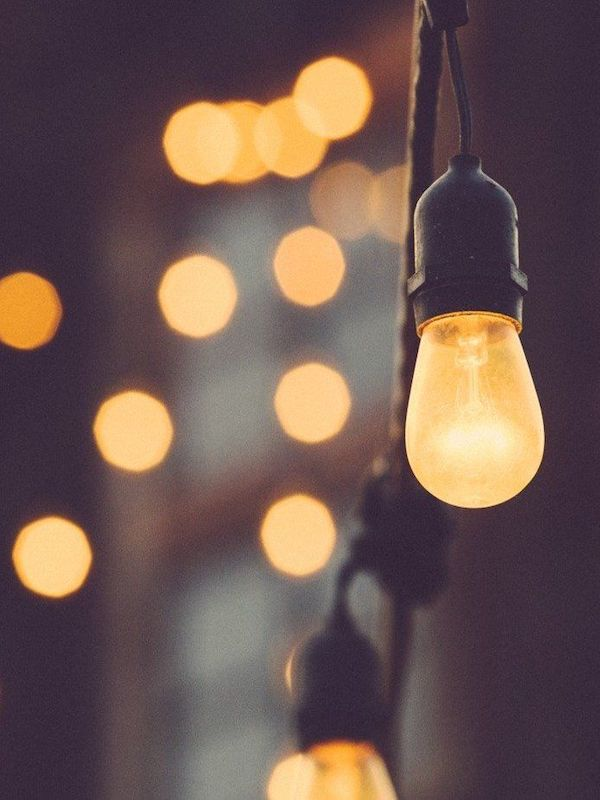 La luz artificial nocturna puede provocar cáncer de tiroides