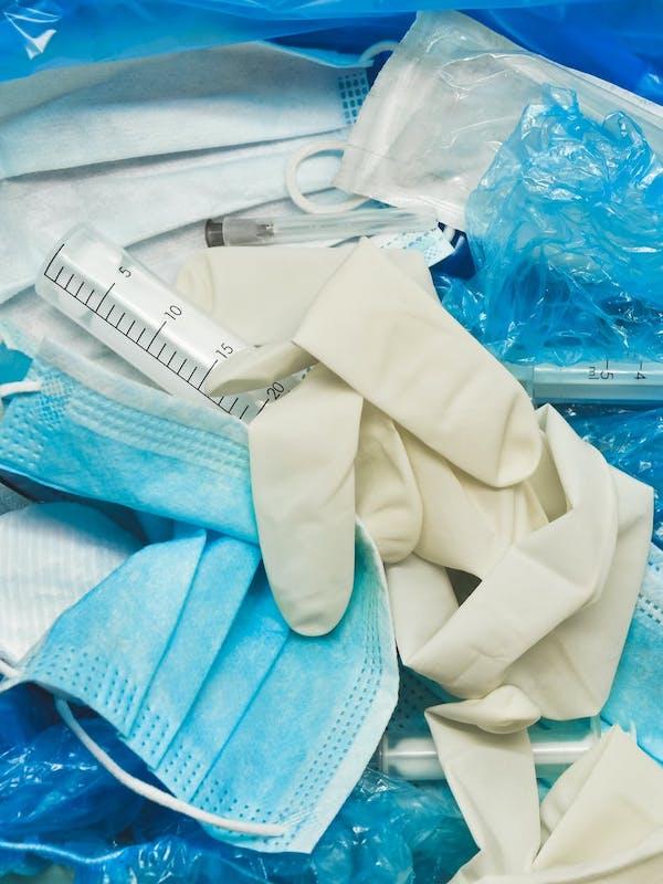 Feria de Valencia reciben los residuos covid-19 que ya no caben en los hospitales ni en las plantas de reciclaje
