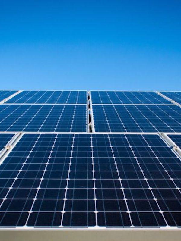 Andalucía tramita proyectos fotovoltaicos por valor 1.000 millones de inversión