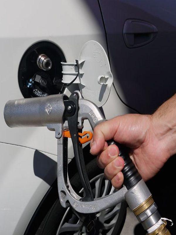 La Mancomunidad de la Comarca de Pamplona pone en servicio una estación de suministro de gas natural para sus vehículos
