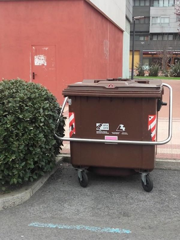 Bizkaia en el contenedor marrón se recogerá toda la fracción orgánica sin distinción, sea crudo o cocinado, carne o pescado