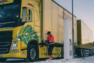 DHL Freight y Volvo Trucks 'sólida alianza' para la transición energética del transporte por carretera de larga distancia