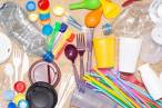 Residuos, ataúdes para cumplir la norma europea de plásticos de un solo uso