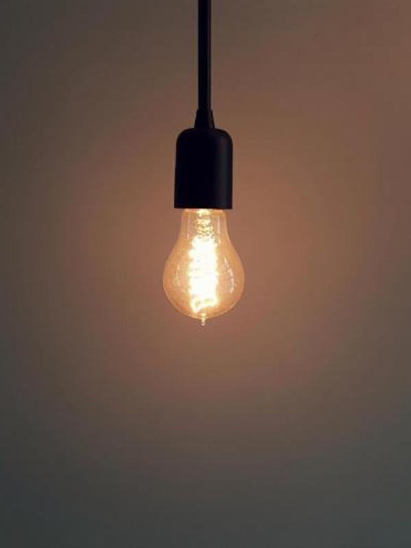 De 'locos', el precio de la electricidad volverá a subir este martes