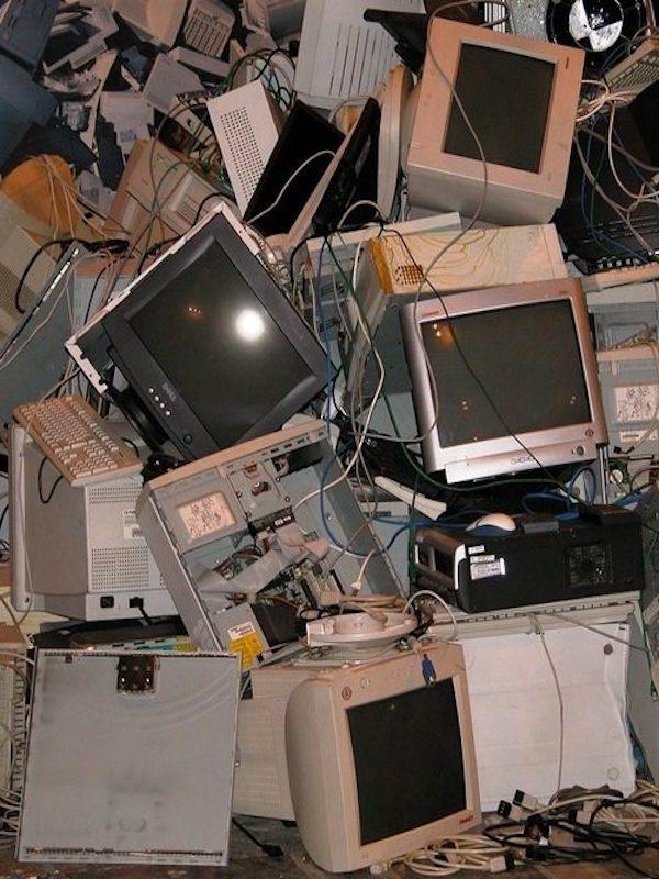 La 'plaga' de los residuos electrónicos