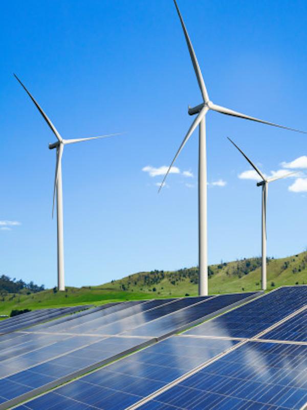 España busca el impulso de las energías renovables para consolidar una recuperación sostenible y justa