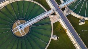 Tecnología verde para eliminar microplásticos de aguas residuales