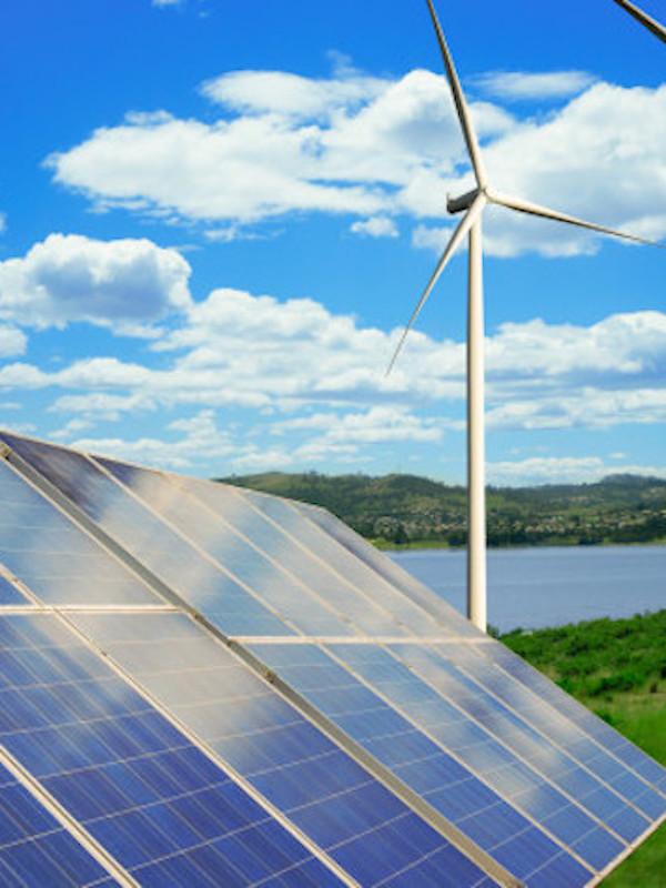España quiere identificar líneas de actuación que impulsen las energías renovables en las islas