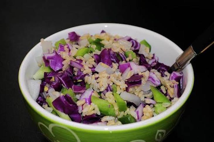Receta Ecológica recomendada por ECOticias.com: Ensalada de arroz integral multicolor y estival