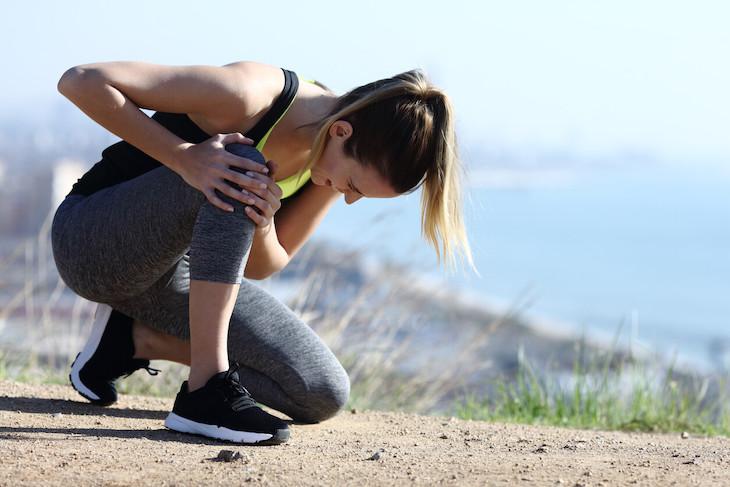 ¿Debería dejar de correr si siento dolor en la rodilla?
