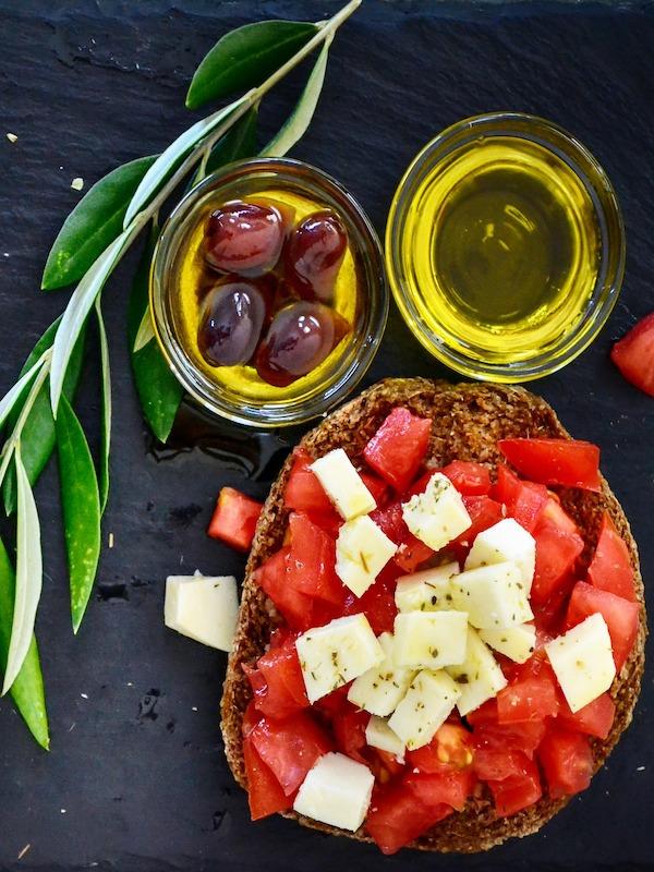 Si quieres perder peso y mejorar tu salud intestinal apuesta por la dieta mediterránea