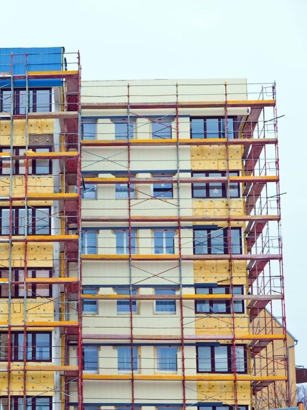Buenas noticias: Nace la 'Alianza por la rehabilitación de viviendas sin dejar a nadie atrás'