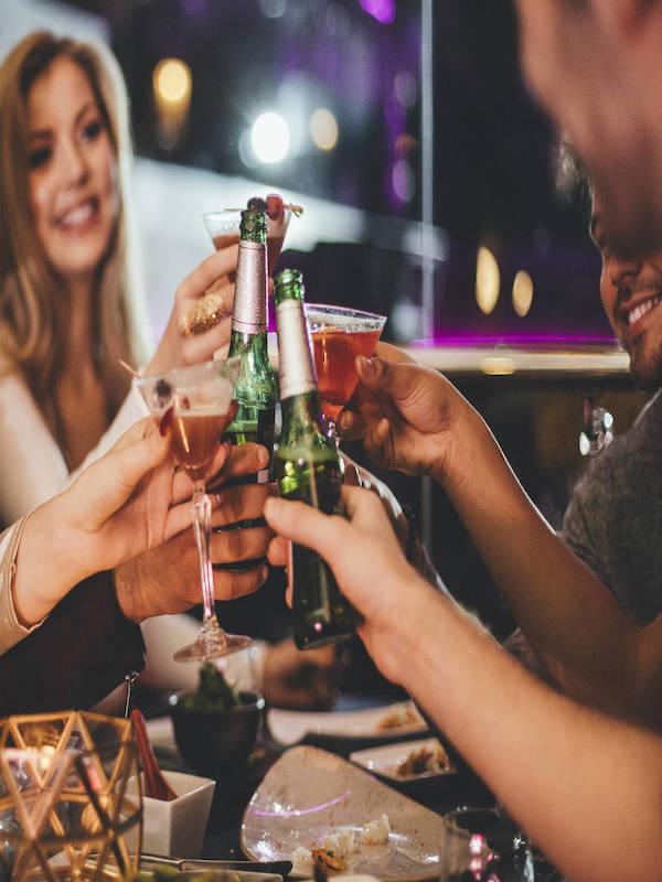 Qué mala idea es consumir demasiado alcohol