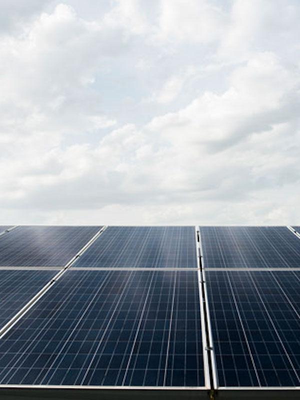El 'CENADOR DE AMÓS' implementa la 1ªcomunidad solar gastronómica