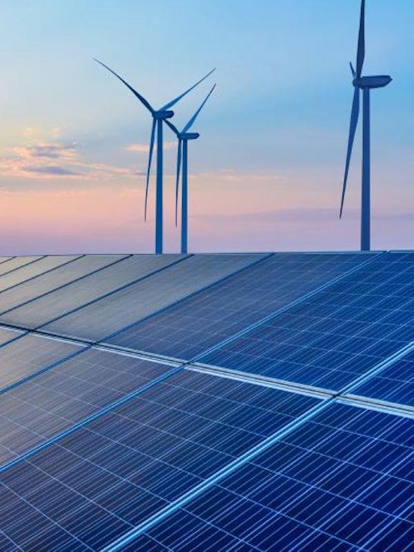 La 1ª subasta de energías renovables crean más de 25.000 nuevos empleos