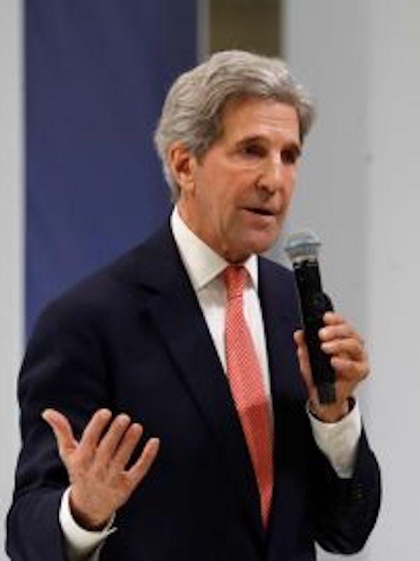 España y John Kerry analizan cómo acelerar las agendas de acción climática y protección de la biodiversidad