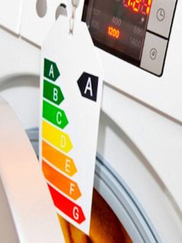 Andalucía destaca el cambio en el etiquetado energético de electrodomésticos para ser más comprensible