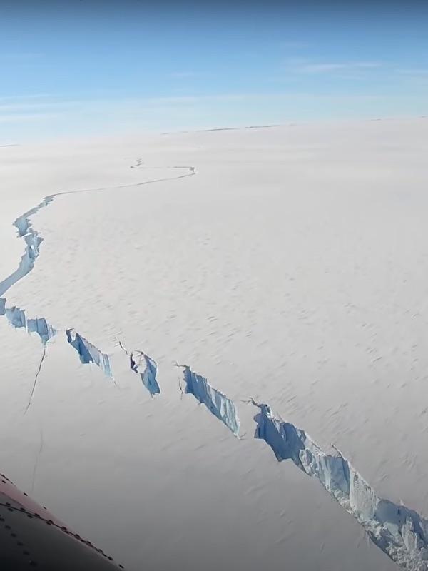 Un iceberg mayor del doble Madrid se desprende de la Antártida