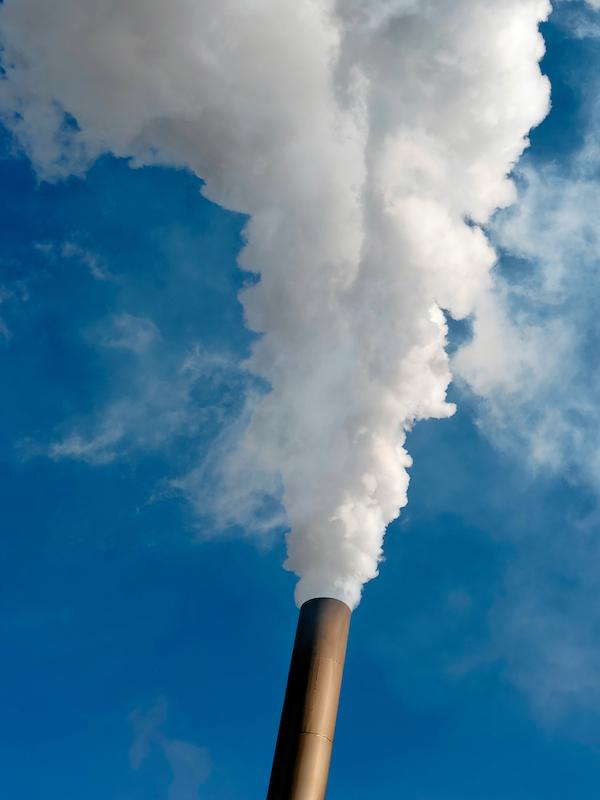 Mínimo de diez veces menos de CO2, sería lo aconsejable