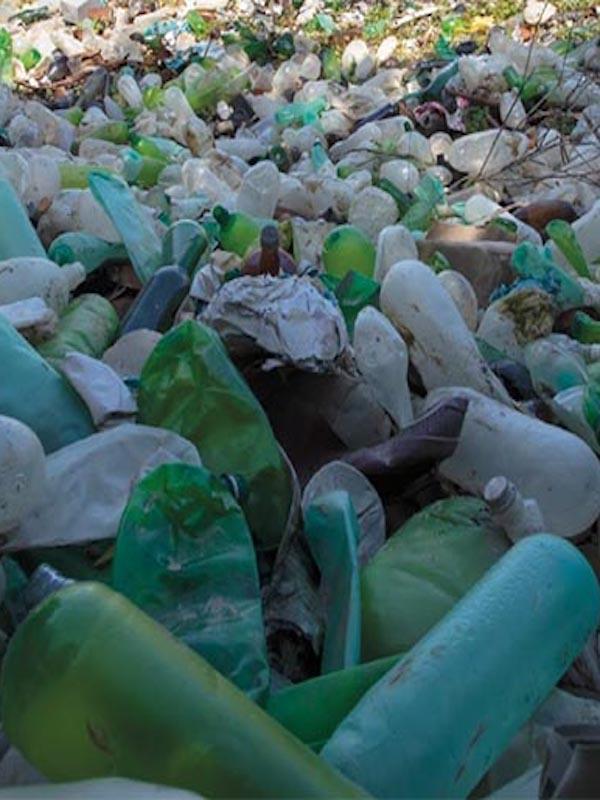 Greenpeace entra de nuevo en conflicto / polémica con la gestión de Ecoembes