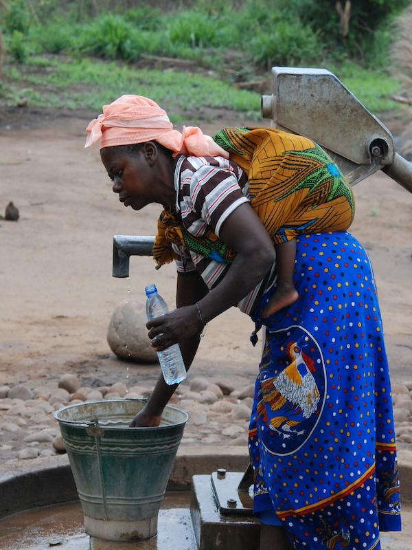 Día Mundial del Agua 22 de marzo 2021: 'Agotar el agua en nombre del desarrollo'