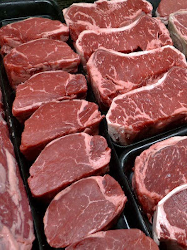 Carne de vacuno, Amazonía, y superávit de 'carne roja' en supermercados de España