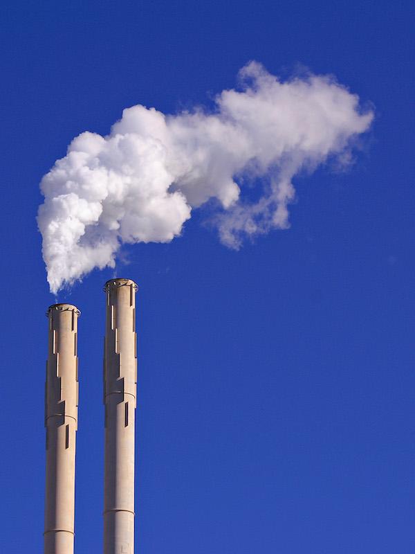 Entidades bancarias y aseguradoras buscando la emisión de cero emisiones de carbono