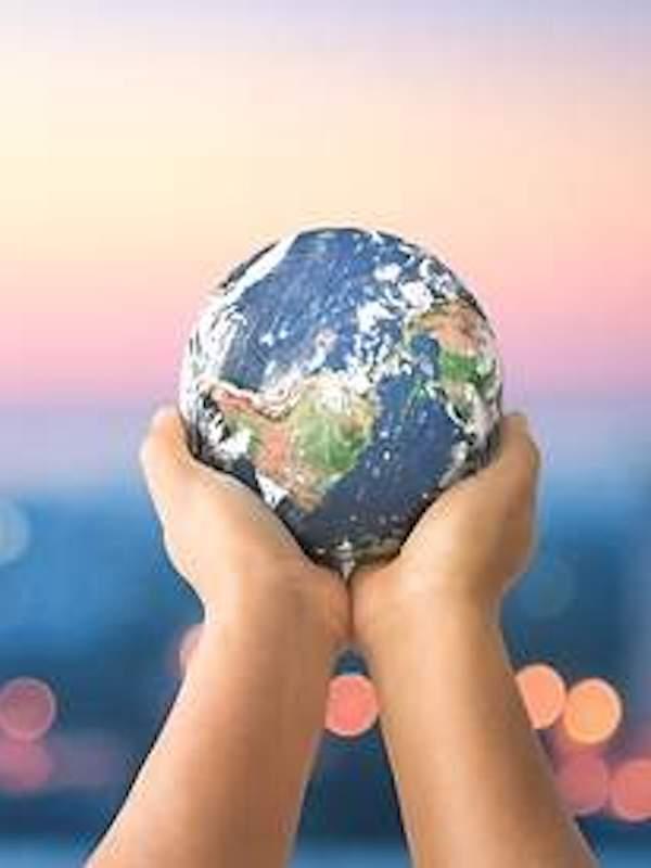 España quiere formar a los jóvenes en 'sostenibilidad' desde las universidades