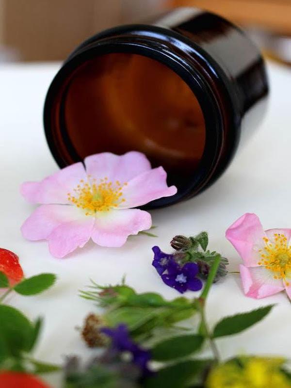 ¿Cómo cuidar la piel del rostro con productos de belleza naturales?