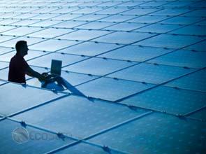 First Solar boosts third quarter sales by $ 210 million