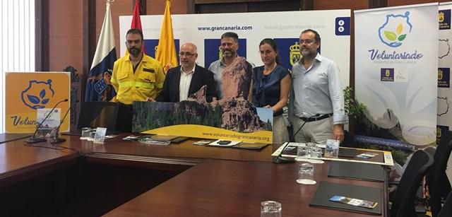 Gran Canaria inicia la reforestación de las primeras 100 hectáreas más afectadas del incendio de septiembre