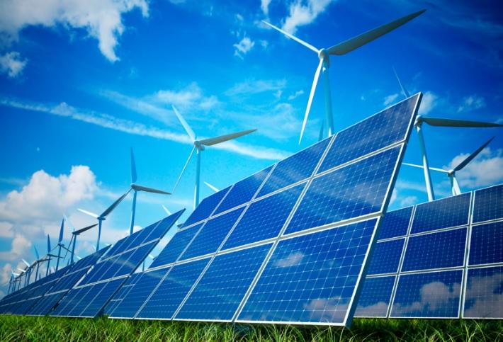 El Gobierno de Castilla-La Mancha pide a la UE más inversión en energías renovables
