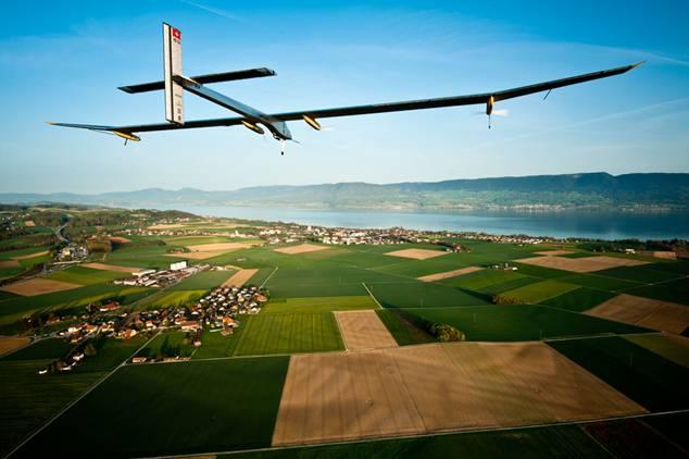 Solar Impulse propone volar sin gasto de combustible