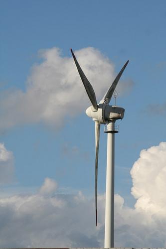 Gamesa reducirá al 20% las ventas en España y espera que el recorte de primas verdes afecte menos a la eólica